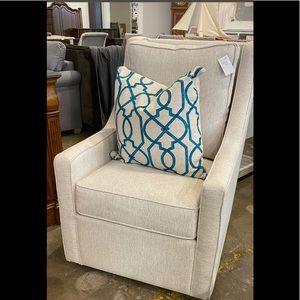 2 Tall Back Swivel Chairs (set)